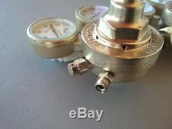 Victor Journeyman SR 400 oxygen / SR 410 acetylene gas regulators cutting torch